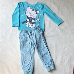 Carter's 2T matching set